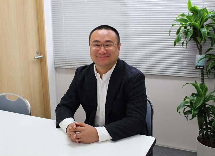 代表取締役社長 張 富士